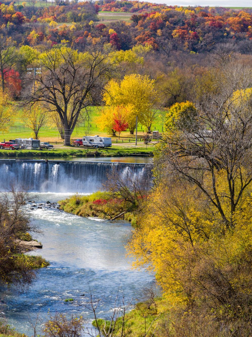 lanesboro dam, autumn